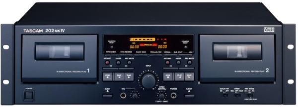 lecteur enregistreur cassette location sono eclairage. Black Bedroom Furniture Sets. Home Design Ideas