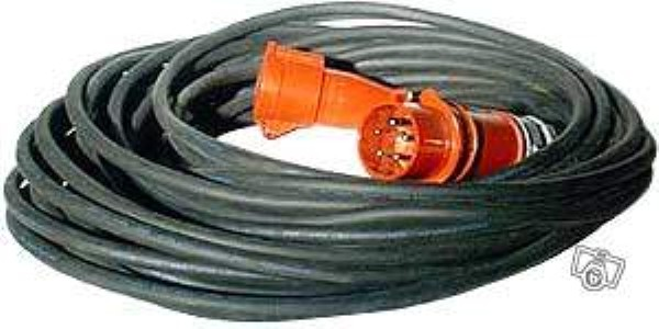 Prise 32 amp res triphas e goulotte protection cable for Prise 32 amperes cuisine